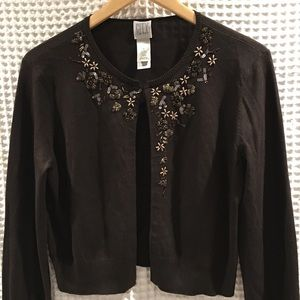 DKNY silk blend cardigan w/beaded details. Size M